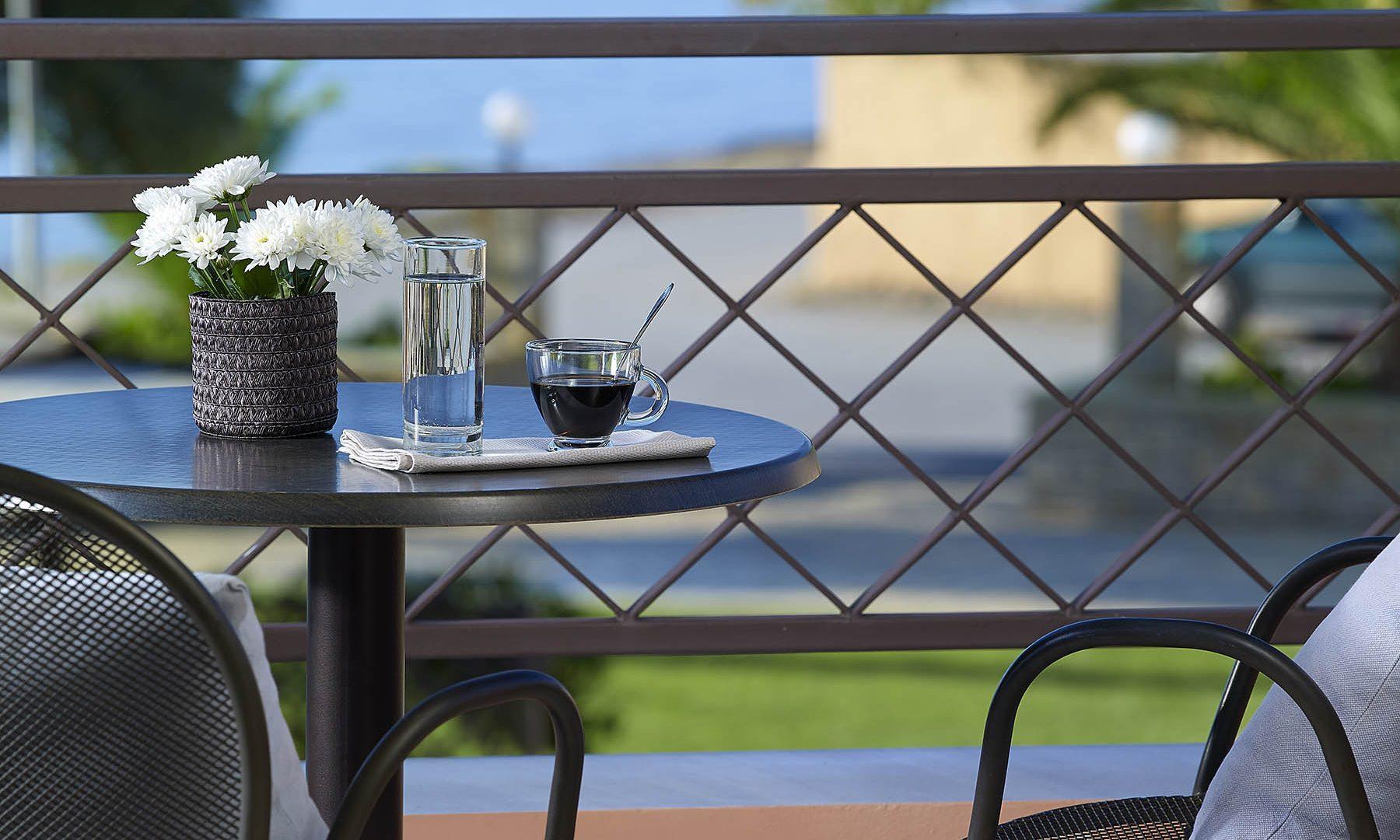 hôtel eretria offres | Avantis Suites Hotel