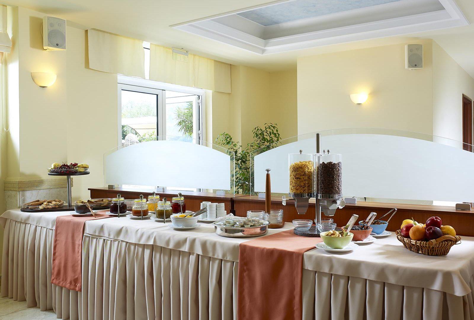 hôtel evia eretria | Avantis Suites Hotel