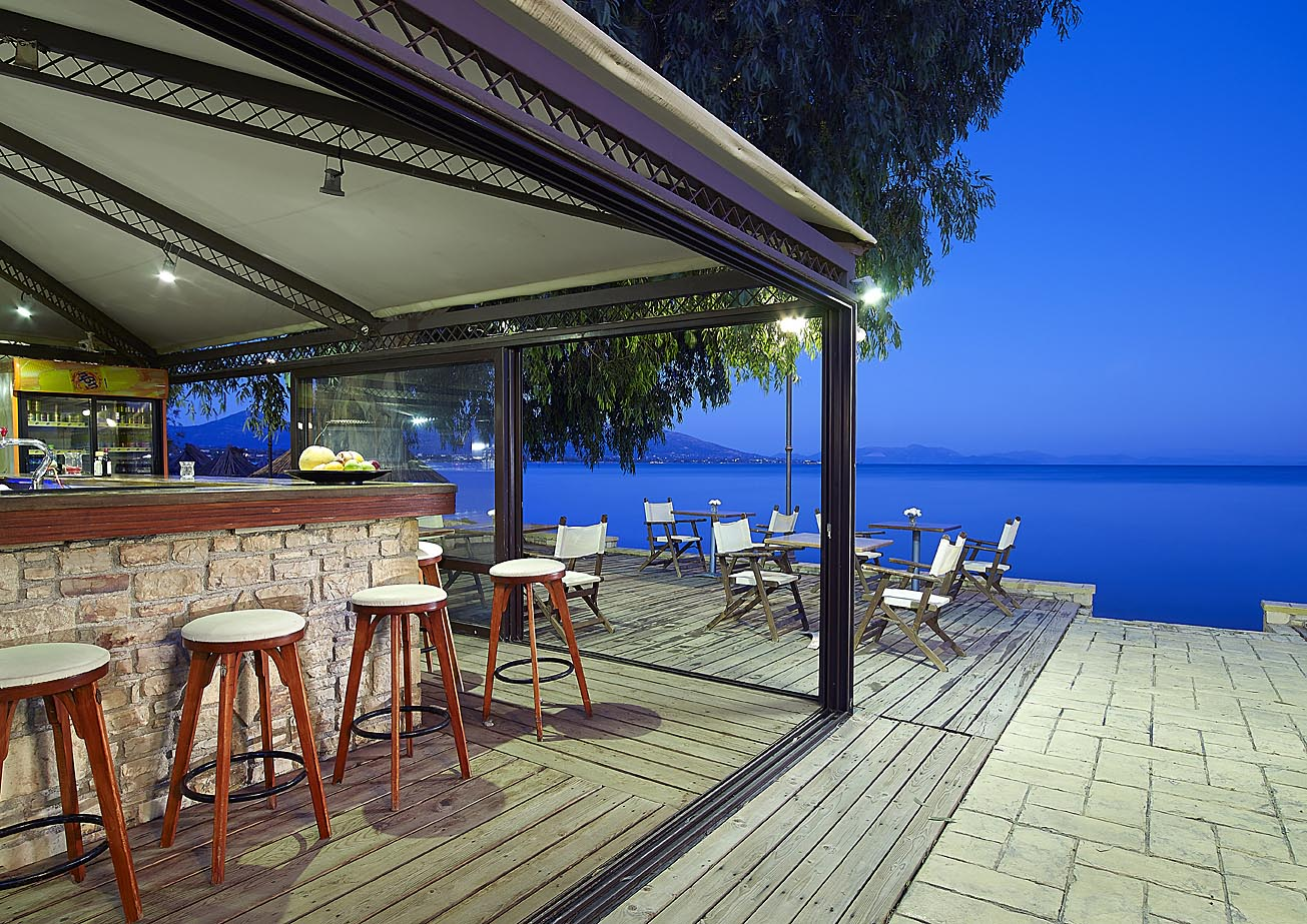 hotel with restaurant in eretria | Avantis Suites Hotel